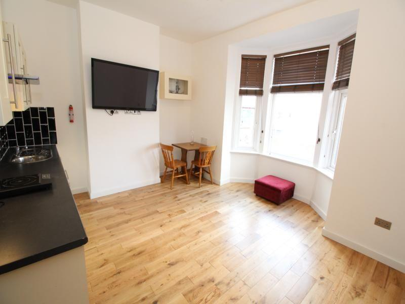 2 Bedroom  To Let